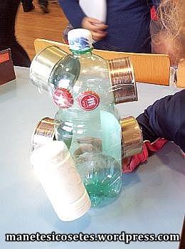 taller creació amb material reciclatge 02