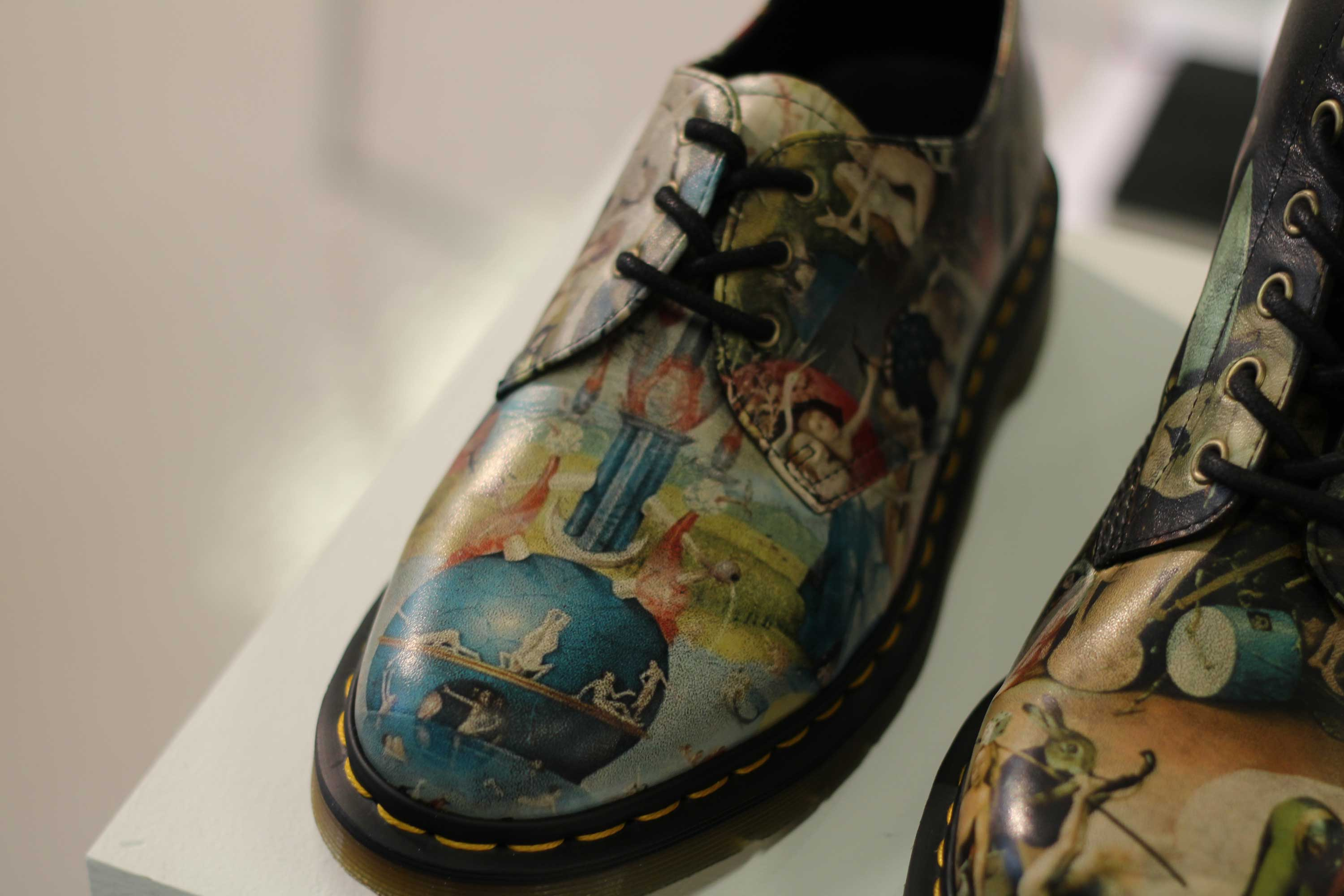 Dr-Martens-Mens-Shoes-SS14-LCM-Leather-Print-Design-Close