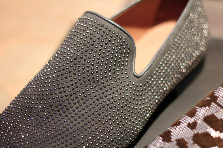 Jimmy-Choo-LCM-SS14-Presentation-Black-Studded-Slippers-Close