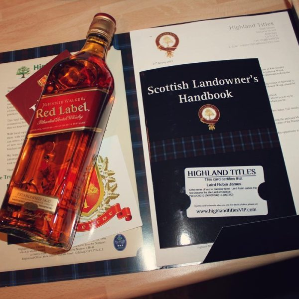 Johnnie_Walker_Red_Scottish_Land_Owners_Handbook