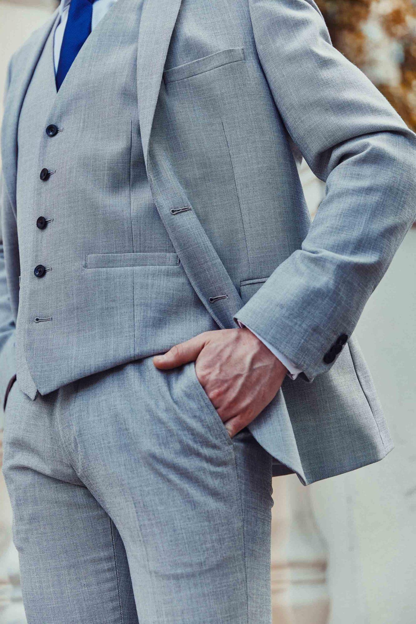 Mens-Wedding-Suit-Top-Tips--6