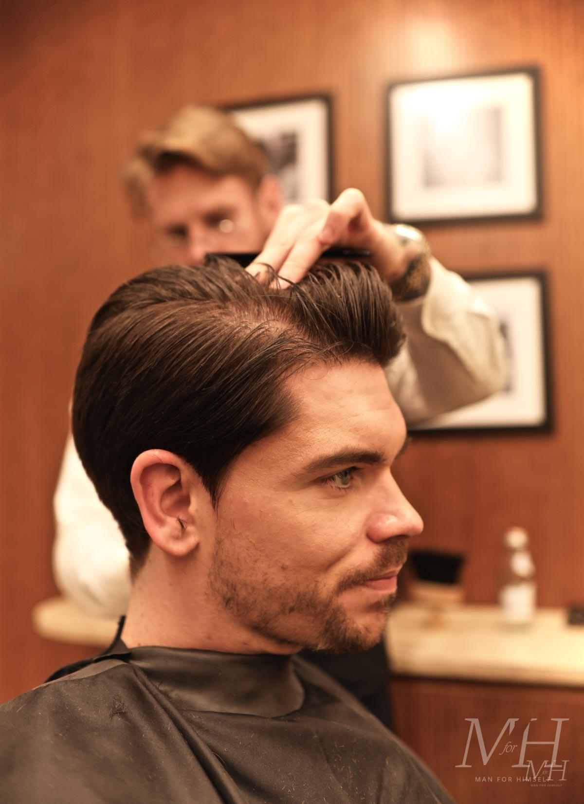 acqua-di-parma-uk-barbershop-man-for-himself-6