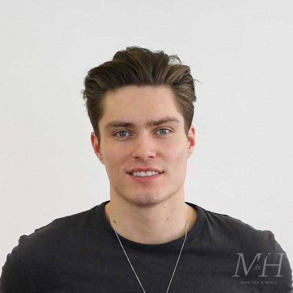 Medium Length Haircut For Fine Hair Man For Himself