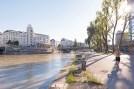 Donaukanal-u-Urania-Abendsonne-aug-16-1