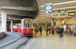 1406_E2 Linie 40 Schottentor Jonas Reinl_3-17-2