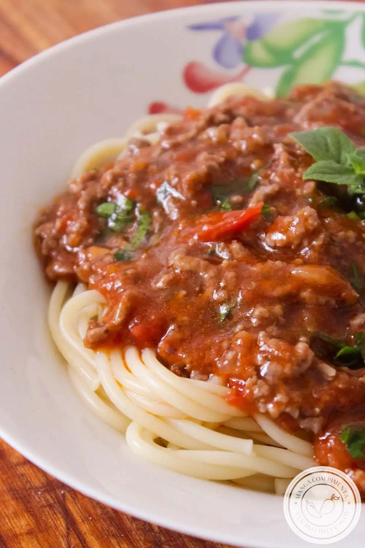 Macarrão com Carne Moída e Molho de Tomate | Bolonhesa Caseira