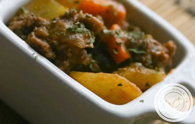 Picadinho de Carne Moída com Legumes - receita com gostinho de comida de mãe!