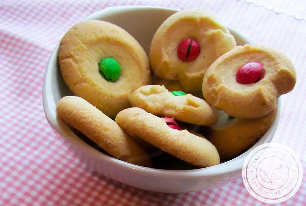 Receita de Biscoitos Amanteigados M&M - um doce delicioso para o Natal, faça para presentear!