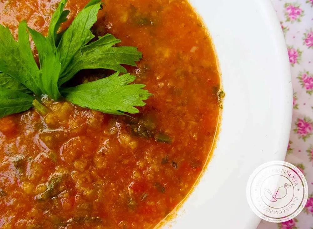 Sopa de Tomate - um delicioso e nutritivo prato para os dias frios.