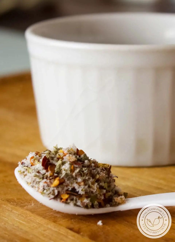 Sal Temperado - prepare esse tempero para deixar os seus pratos bem mais gostosos e com menos sal.