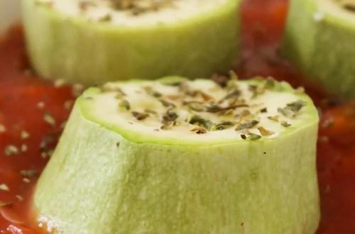 Como preparar Abobrinhas Cozidas no Vapor com Molho de Tomate - Receitas de Verão