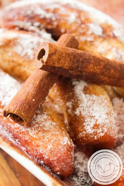 Receita de Banana Assada com Açúcar e Canela - receita de sobremesa perfeita para um momento especial.