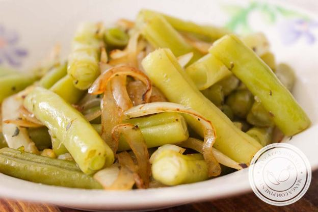Vagem Refogada com Cebola - um delicioso acompanhamento para o almoço da semana!