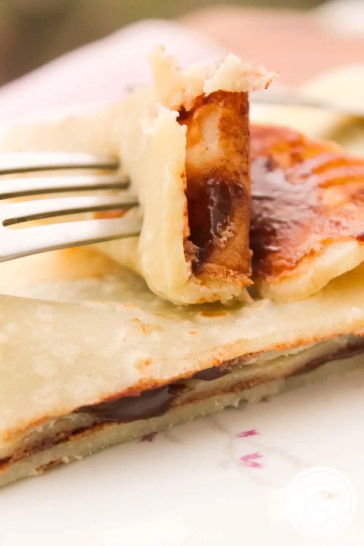 Crepe Francês Recheado com Creme de Chocolate - uma sobremesa para adoçar a vida!