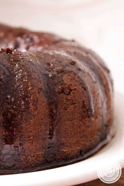 Receita de Bolo Formigueiro com Coco - um doce das antigas para o café da manhã ou lanche da tarde da família!