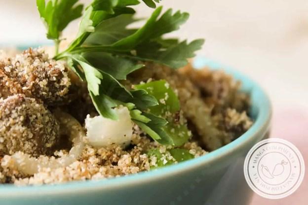 Receita de Farofa de Fígado de Galinha - para servir com o frango assado do final de semana!