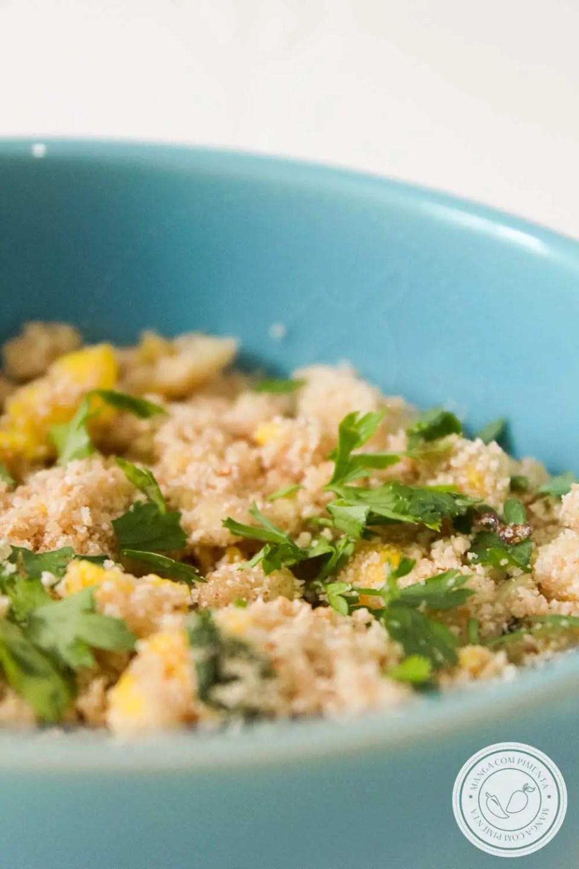 Receita de Farofa de Ovos - um prato barato e super fácil de preparar para a Ceia de Final de Ano.