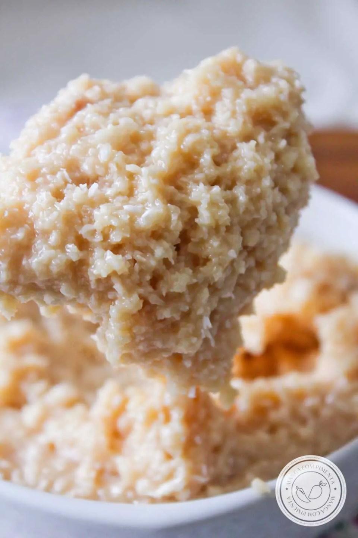 Receita de Recheio de Coco para Bolo - prepare um delicioso bolo e recheie com esse creme de coco.