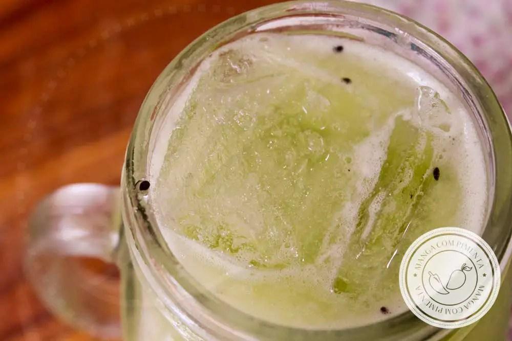 Receita de Limonada de Kiwi - uma bebida bem verdinha, um suco delicioso para se refrescar!
