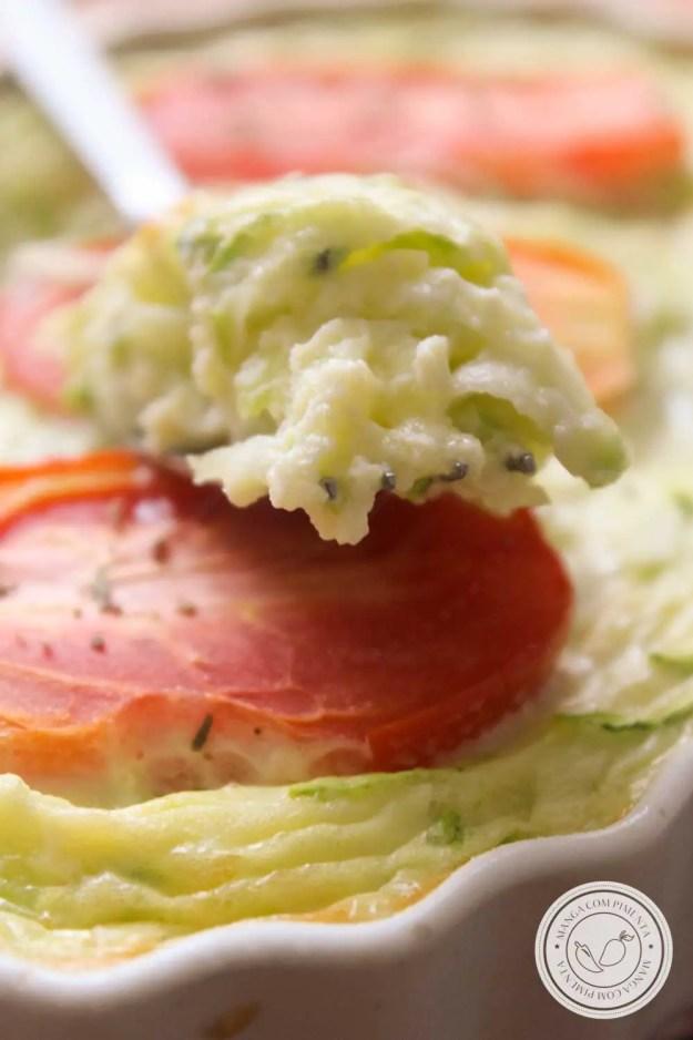 Receita de Quiche de Abobrinha e Tomate sem Massa - prepare um delicioso almoço na semana!