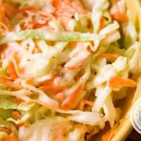 Salada de Repolho e Cenoura com Maionese
