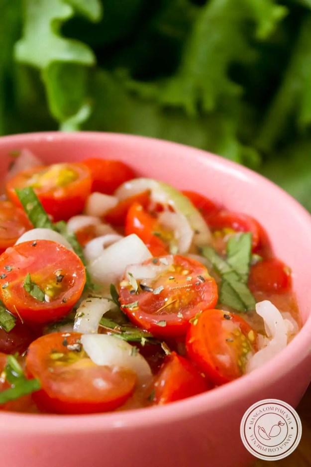 Receita de Tomates Cereja Marinados - prepare nos dias quentes de verão!