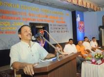 0044 Prof Raghottam Rao addressing the gathering