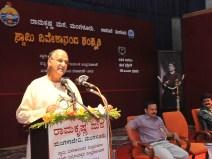 176 Dr H V Narasimha Murthy, Rtd Sanskrit Professor, Kundapur addressing the gathering