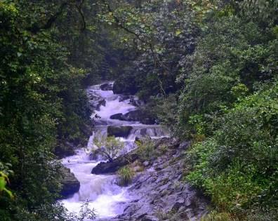Alekan_waterfalls1