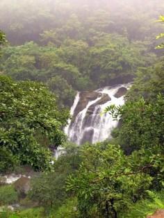 Alekan_waterfalls2