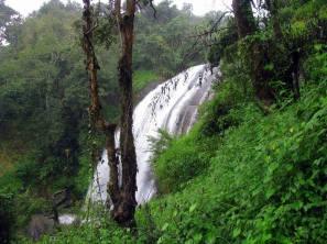 Chelavara-Water-Falls2
