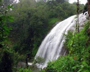Chelavara-Water-Falls4