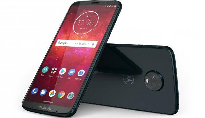 Motorola Moto Z3 je prvním telefonem, který může umět 5G