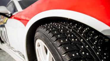 porsche-cayman-gt4-rallye-08