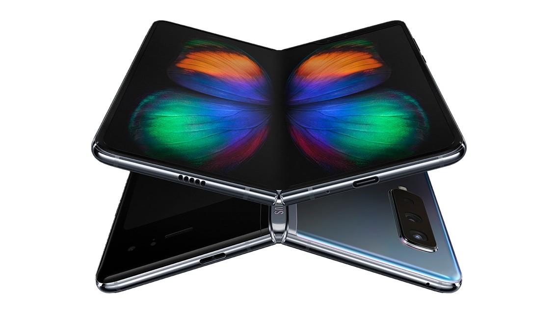 Samsung Galaxy Fold už je v prodeji za cenu od 2000 euro