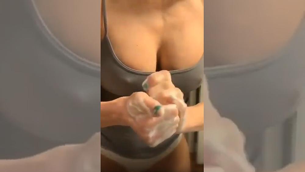 Koronavirus je tu. Jak si správně mýt ruce? Poradíme vám