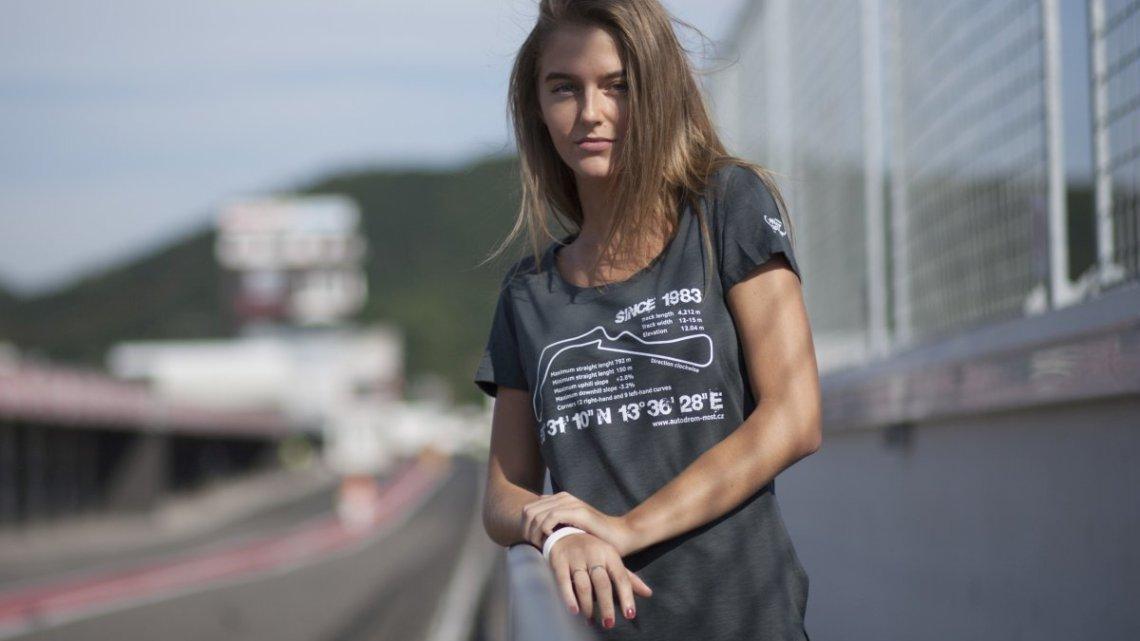 Mostecký autodrom spouští na webových stránkách nový e-shop