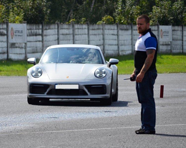 kurz-sportovni-jizdy-porsche-autodrom_most- (3)