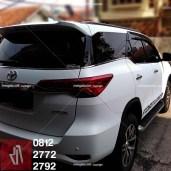 stiker-mobil-bandung-full-wrapping-putih-fortuner-081227722792-mangele1