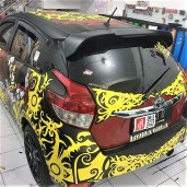 cutting stiker mobil yaris tibal dayak | 081227722792