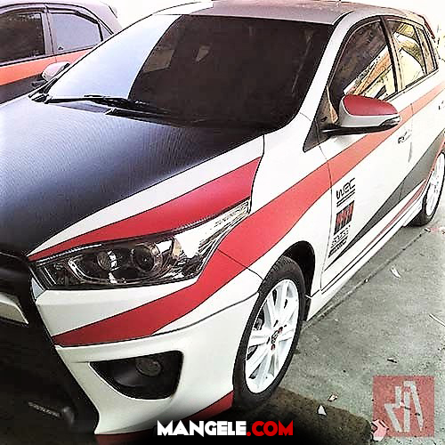 cutting stiker mobil yaris bandung putih merah hitam | 081227722792