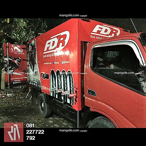 jasa stiker mobil box di bandung | car branding truk FDR | mangele sticker