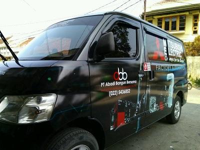 stiker branding mobil bandung | granmax mitsubishi elektrik | mangele stiker | 081227722792