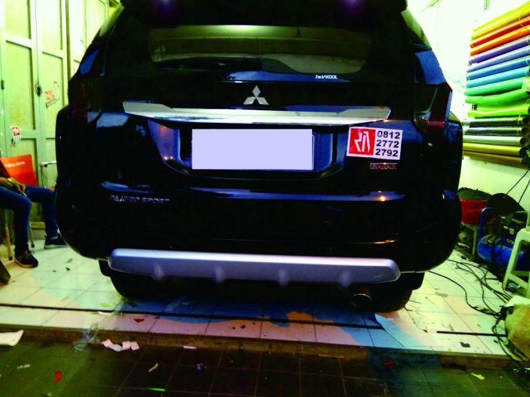 stiker lampu mobil | transparan hitam doff | mangele stiker 081227722792