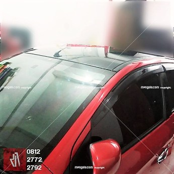 tempat ahli pasang stiker mobil di bandung