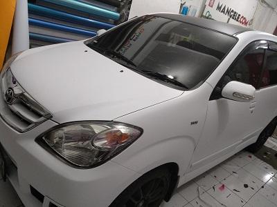wrapping stiker mobil | avanza putih doff bandung | mangele stiker 081227722792