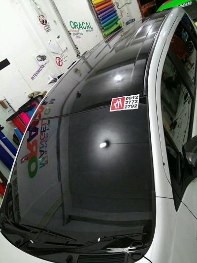 wrapping stiker mobil | atap stiker gloss hitam bandung | mangele stiker 081227722792