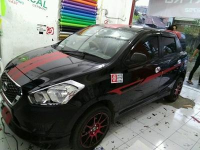 stiker-mobil-bandung-datsun-striping-dark-red-mangele
