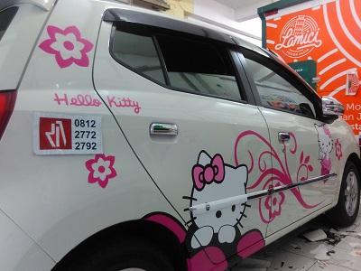 cutting stiker mobil | Ayla hello kitty di bandung | mangele stiker 081227722792