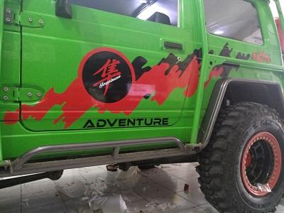 cutting stiker mobil | jeep jimny striping | mangele stiker 081227722792